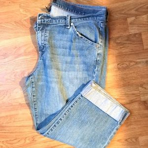 New York & Company Cropped Jeans
